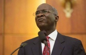 Fashola defends budget before Reps., reaffirms commitment to fixing roads