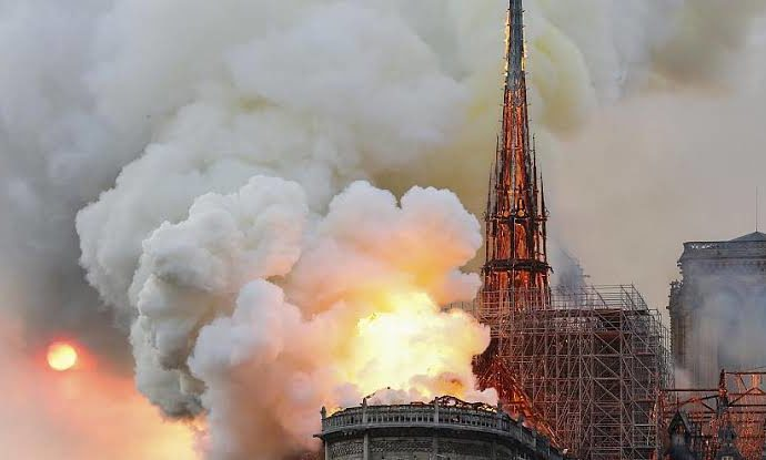 Deadly inferno engulfs Paris' Notre-Dame Cathedral