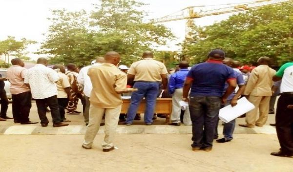 TCN workers disown TUC as picketing flops