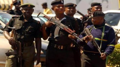 Police kill 3 kidnappers, rescue 16 in Niger
