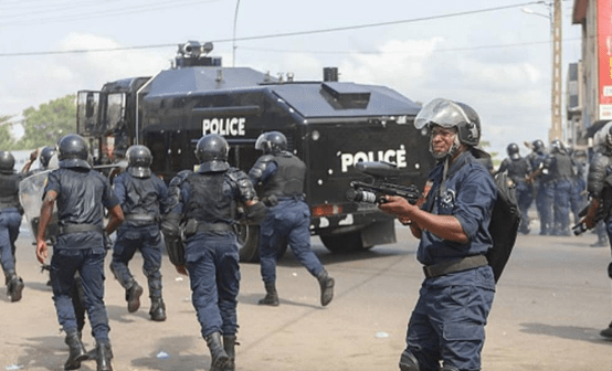 Police open fire on protesters, kill two in Benin
