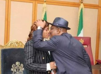 Nigerians react as gov Wike kisses judge in public