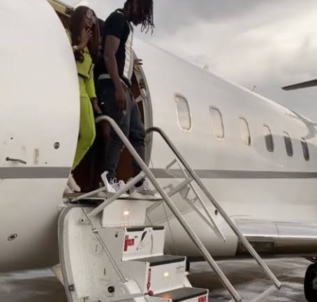 Lockdown: Nigerian govt lifts ban on executive Jets for flying Naira Marley