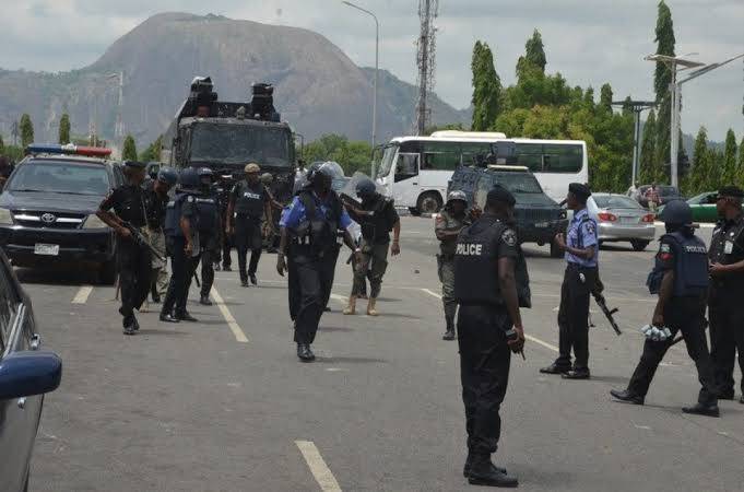 [EXCLUSIVE] Edo police, military in shoot-out at CBN over 'stolen mobile phone'