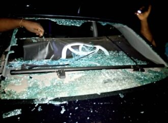 Hoodlums vandalise activist vehicle in Benin