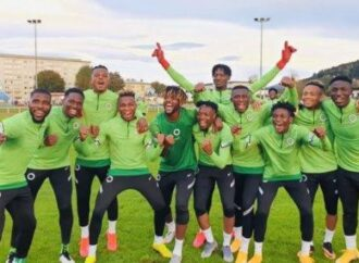 Nigeria vs Algeria: Reno Omokri tells players to wear #End SARS hand band