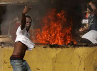 Arsonists raze Ivory Coast presidential Candidate's house