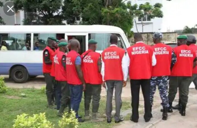 Police, EFCC operatives fight over arrest of youth leader in Benin