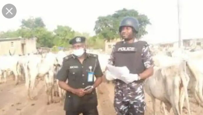 Security agencies alleged requesting Salah handouts from VIPs, private individuals