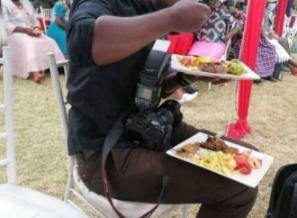 Couple's wedding photographs deleted over plate of food argument